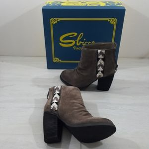 Sbicca Vintage Collection Bead Sued Ankle Boots 6